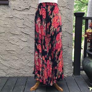 Coldwater Creek reversible flirty skirt